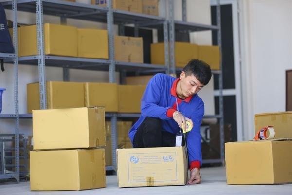 Luôn thật cẩn thận khi đóng gói hàng hóa